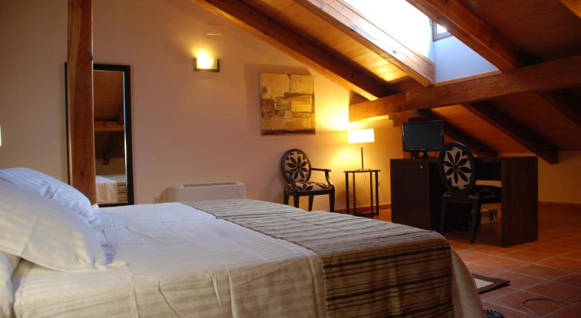 Double or Twin Room Hotel Convento Del Giraldo
