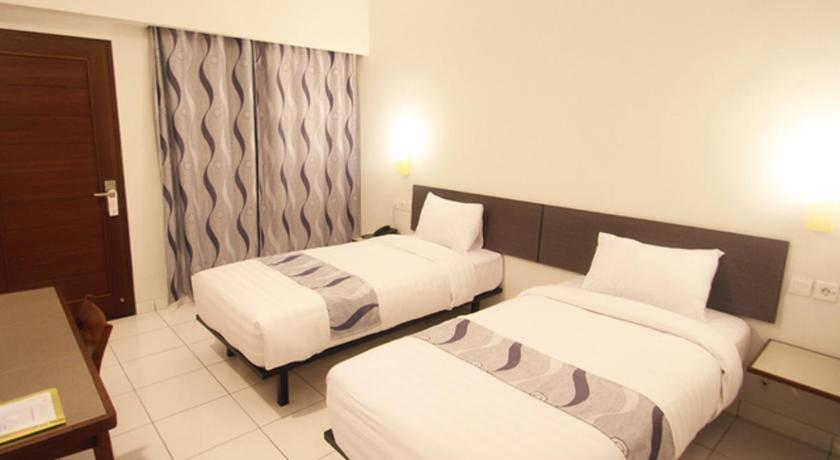 Deluxe Double or Twin Room Hotel Koening