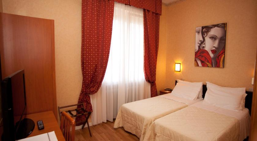 Deluxe Double or Twin Room Hotel Mini Palace - Small & Charming