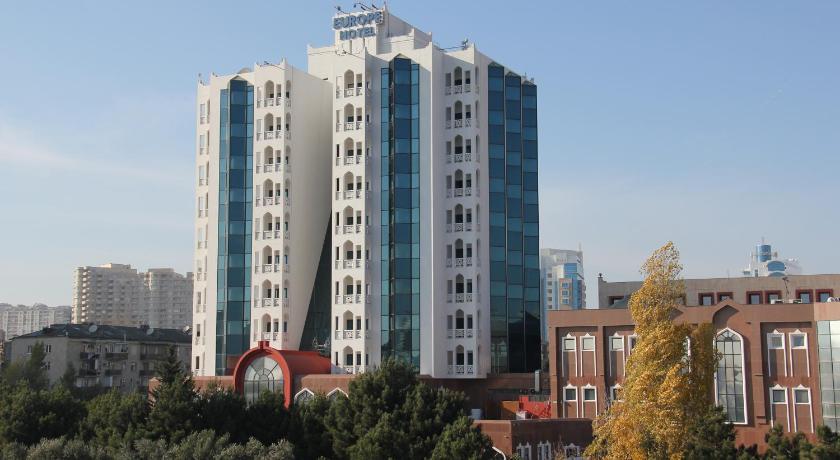 Best time to travel Biləcəri Grand Hotel Europe