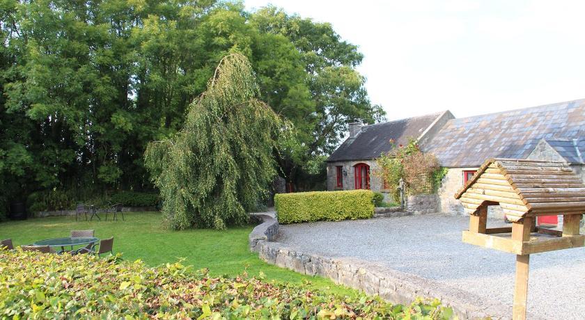 Best time to travel Ireland Fuchsia Lane Farm Cottages