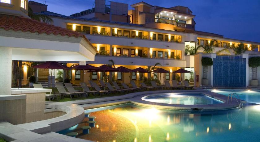 Excelaris Grand Resort Conventions Spa Tequesquitengo Booking