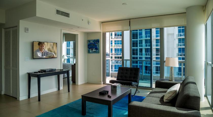 Standard One-Bedroom Apartment with City View Mare Azur Miami Luxury Apartments by MC