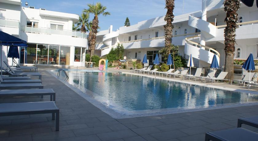 Best time to travel Greece Paleos Hotel Apartments