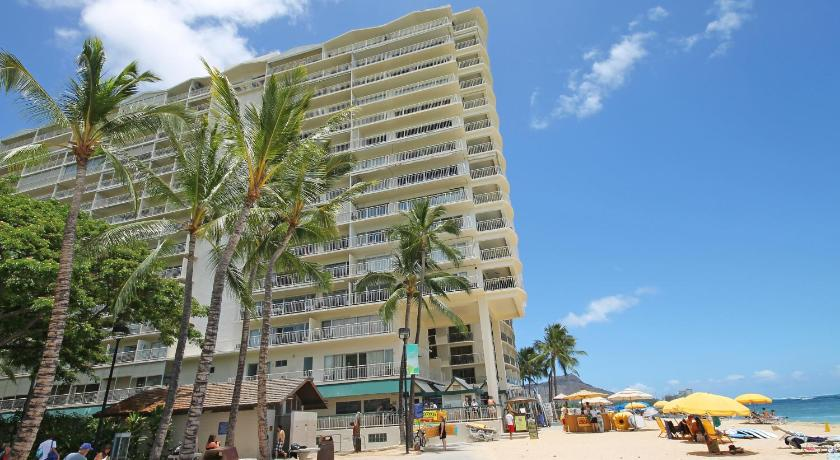 Best time to travel Oahu Castle Waikiki Shore Beachfront Condominiums