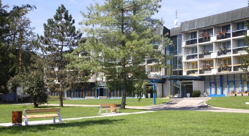 Best time to travel Slovenia Hotel Sport - Terme Krka