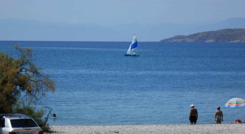 Best time to travel Keratsini Blue Beach