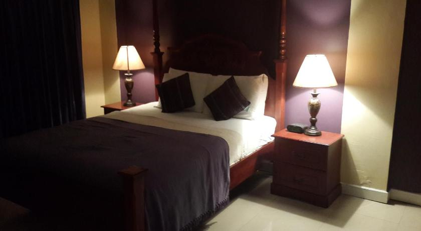 More about Inn Flight Suites