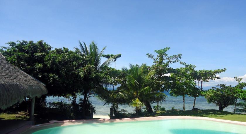 Dacozy Beach Resort In Cebu Room