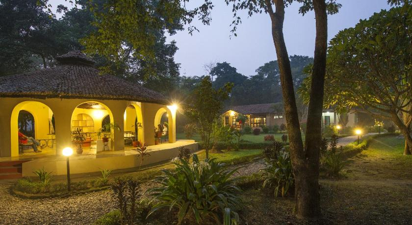 Best time to travel Nepal Green Mansions Jungle Resort