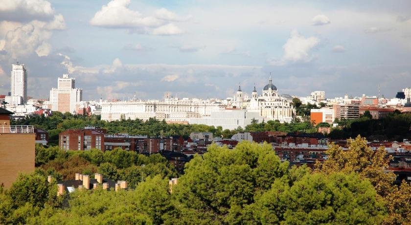 Apartamentos El Capricho De Madrid Prices Photos Reviews