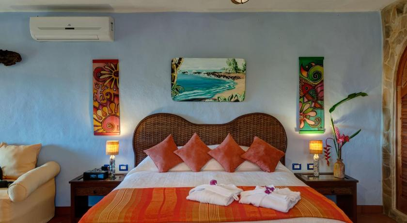 Sol Deluxe Suite with Terrace Kalapiti Luxury Jungle Suites