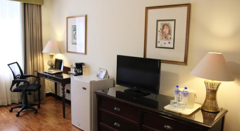 Double Room with Two Double Beds - Smoking Best Western PLUS Hotel Stofella