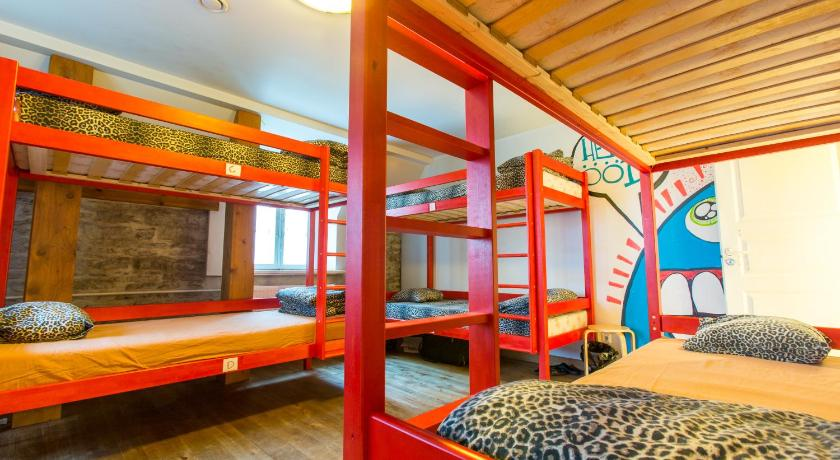 Dormitory Room (8 Adults) with Private Bathroom