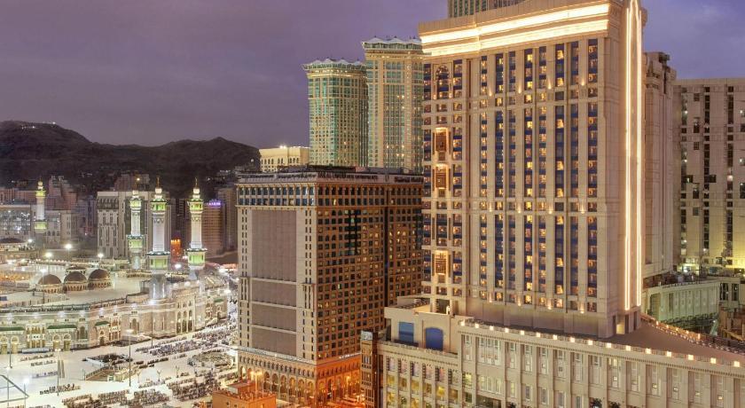 Best time to travel Mecca Hilton Suites Makkah