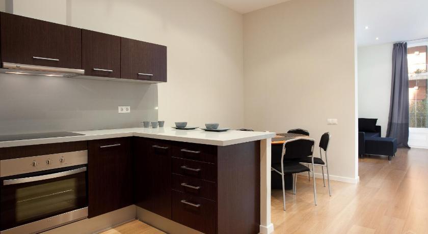 Modern Center Apartments - Barcelona