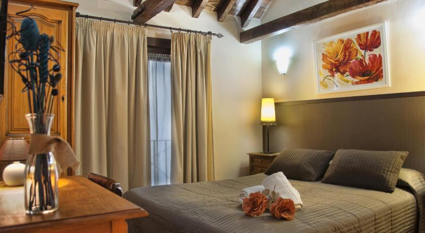 Best time to travel Madrid Hostal Alfonso XII
