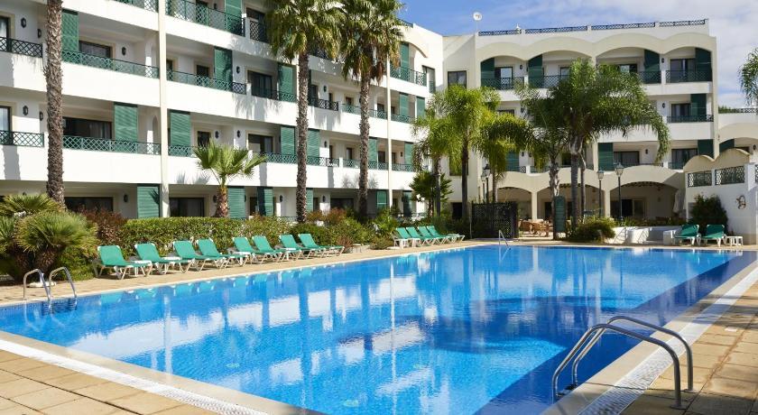Best time to travel Faro Formosa Park Hotel Apartamento