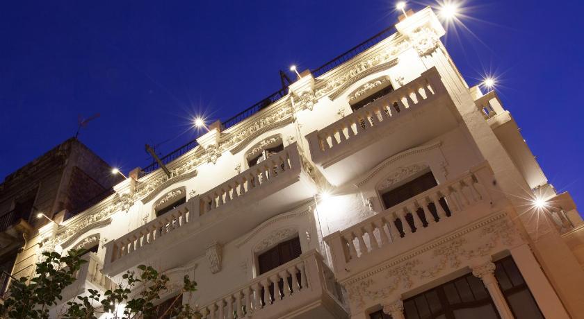 Click&Flat Seneca Suites - Barcelona