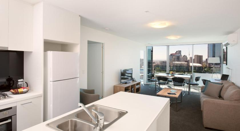 Melbourne Short Stay Apartments Mp Deluxe 241 City Road Melbourne