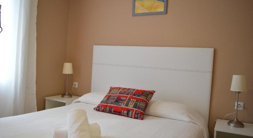 Best time to travel Sant Martí Somnio Hostels