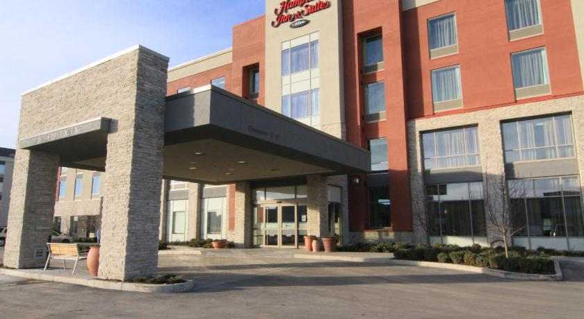 Best time to travel Canada Hampton Inn & Suites Airdrie
