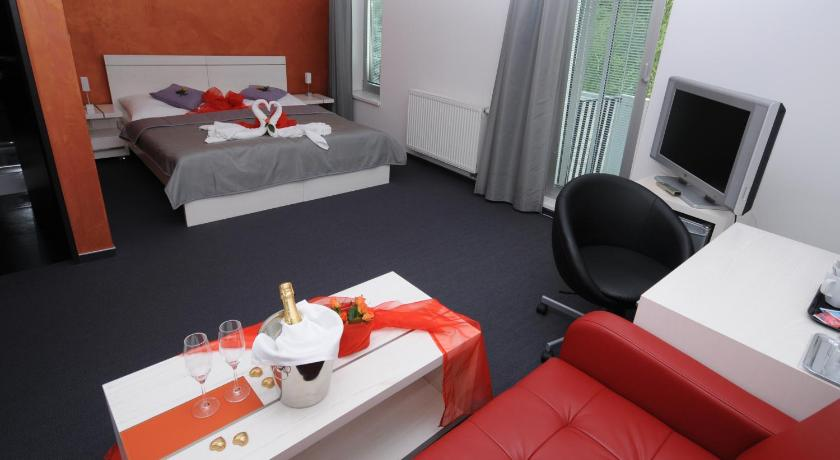 Double or Twin Room Design Hotel Preuge