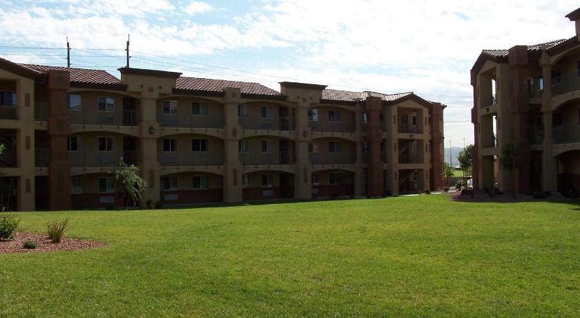 Siena Suites Hotel 6555 Boulder Highway Las Vegas