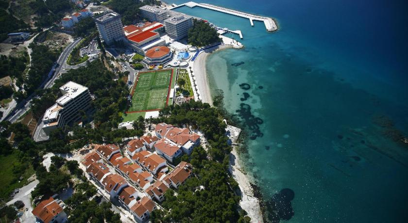 Best time to travel Solin Beach Apartments Lavica