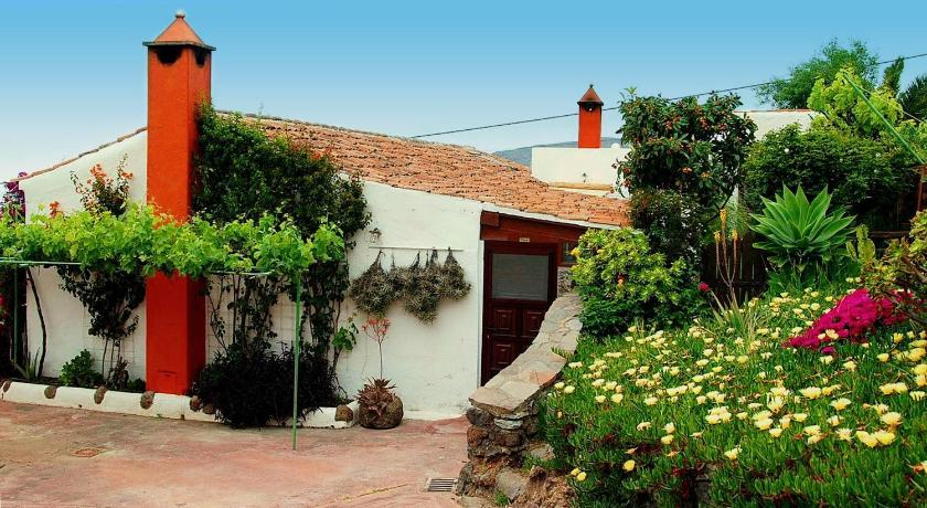Best time to travel La Gomera El Drago Rural House
