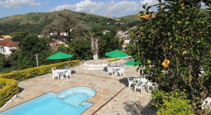 Best time to travel Rio de Janeiro Pousada Colina Verde