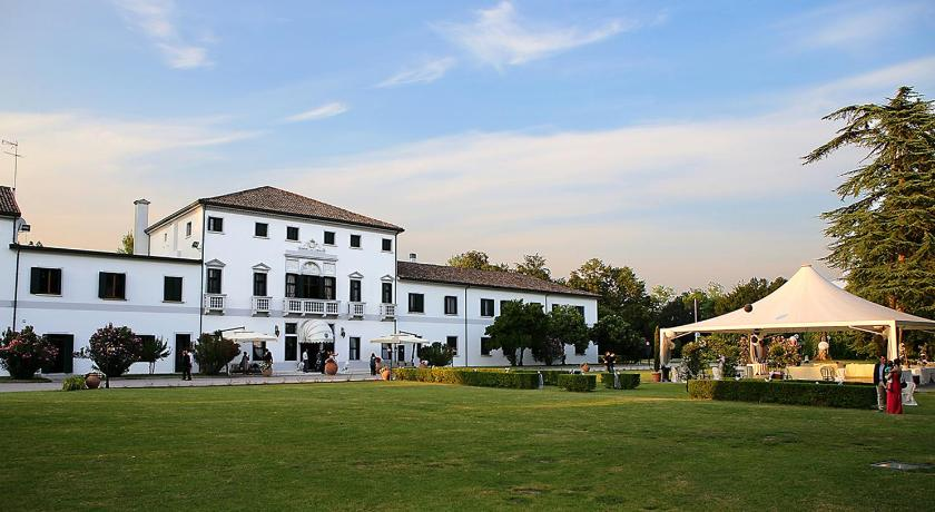 Best time to travel Italy Hotel Villa Marcello Giustinian