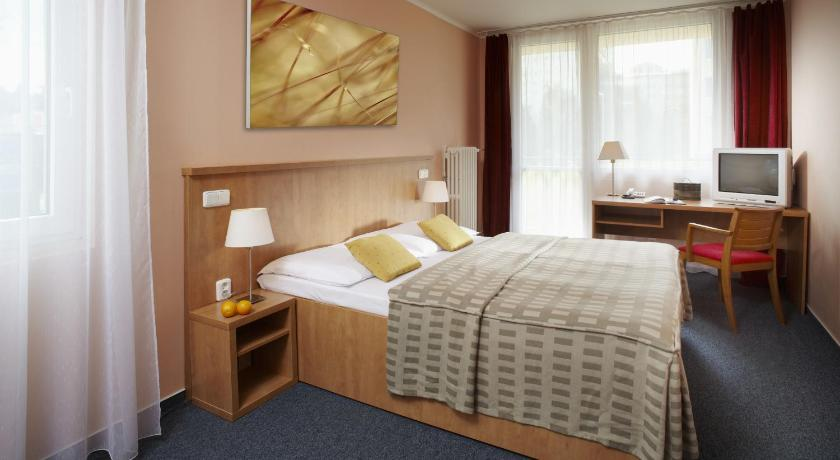 Single Room Hotel Fortuna West