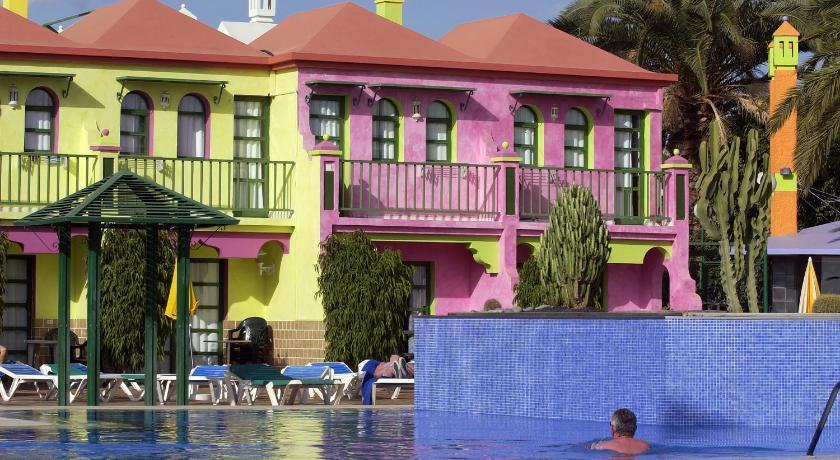 Best time to travel Spain eó Maspalomas Resort