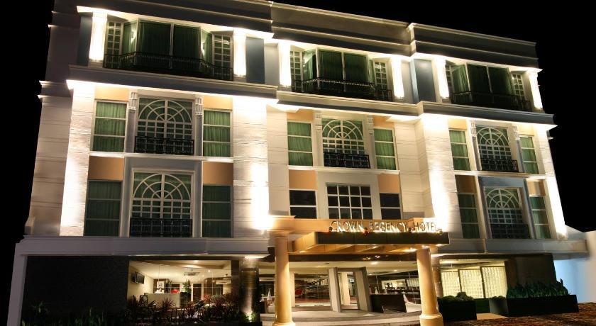 Best time to travel Makati Crown Regency Hotel Makati