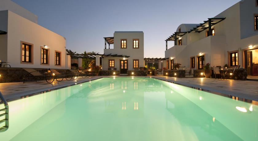 Best time to travel Greece Anthonas Apartments