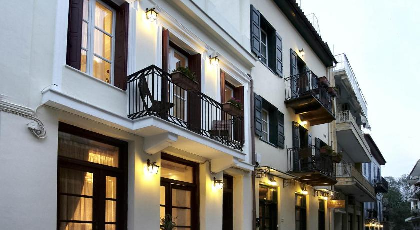 Best time to travel Greece Isioni Pension