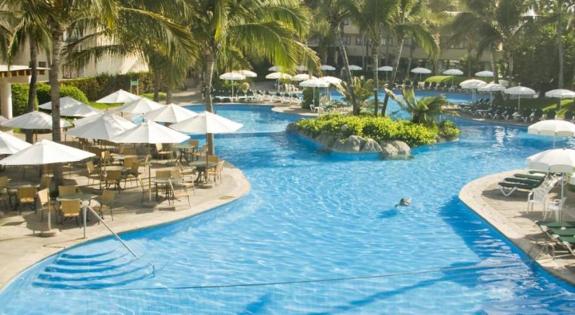 Best time to travel Mexico Ocean Breeze Mazatlan