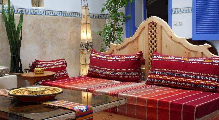 Best time to travel Morocco Riad Amana