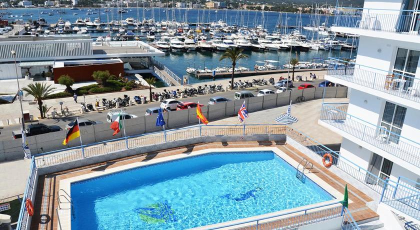 Best time to travel Ibiza Aparthotel del Mar
