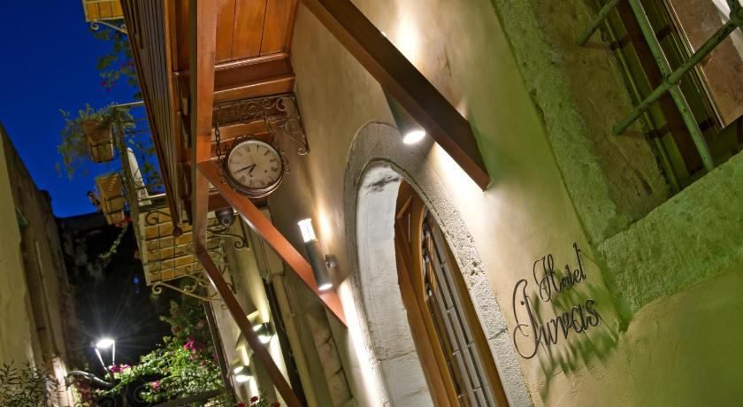 Best time to travel Chania Ionas Boutique Hotel
