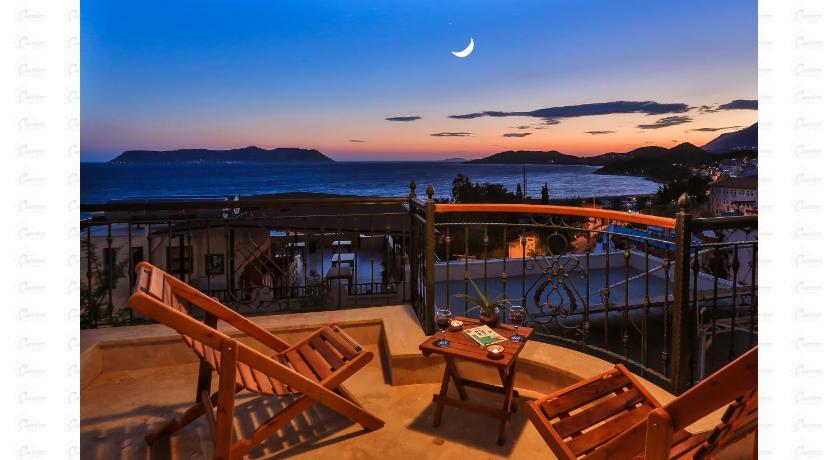 Best time to travel Turkey Çınarlar Apart Hotel