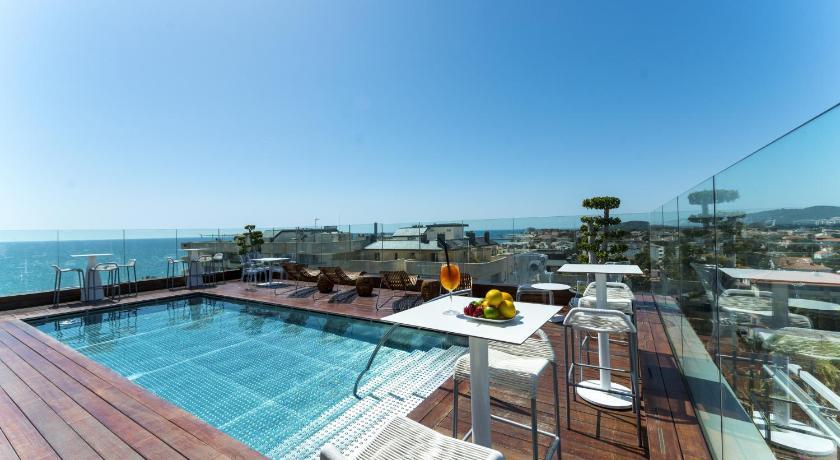 Best time to travel Sant Martí Hotel MiM Sitges