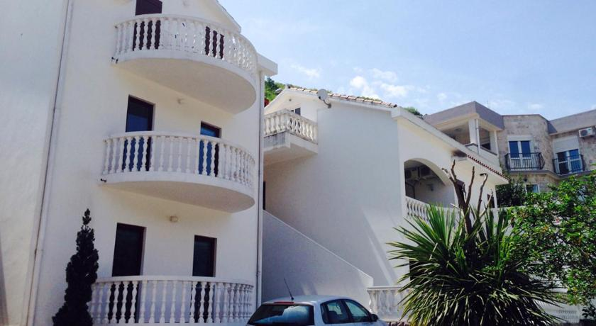 More about Apartments Svorcan