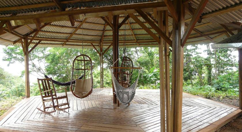 Tierra Madre Eco Lodge