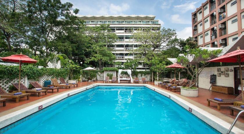 Best time to travel Bangkok Hotel De Moc