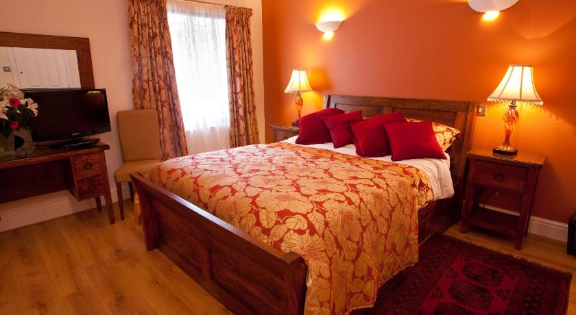 Deluxe King Room Tosson Tower Farm