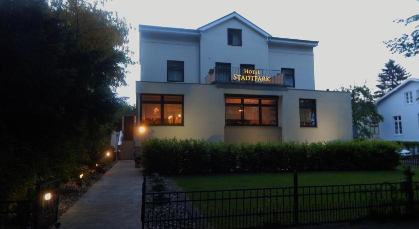 Best time to travel Germany Hotel Stadtpark-garni