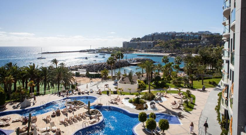 Best time to travel Gran Canaria Radisson Blu Resort Gran Canaria