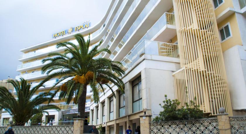 Best time to travel Spain Hotel Esplai